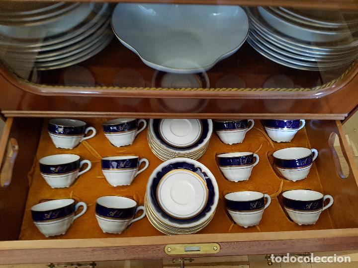 Antigüedades: Vajilla Porcelana Bidasoa en cobalto y oro con mueble - Foto 5 - 55095033