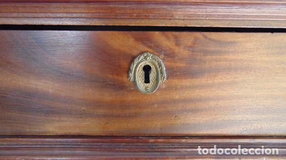 Antigüedades: mesa Art Nouveau de nogal - Foto 4 - 69268169