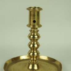 Antigüedades: CANDELERO. BRONCE. TORNEADO. FINAL SIGLO XVIII.. Lote 46812207
