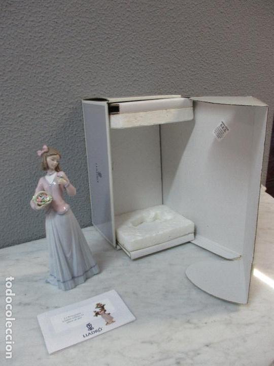 Antigüedades: Figura de Porcelana - Lladró - Aroma Primaveral - Escultor José Puche - Certificado - Caja -Nueva!!! - Foto 2 - 69582697