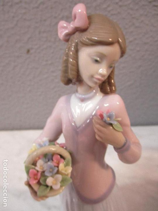Antigüedades: Figura de Porcelana - Lladró - Aroma Primaveral - Escultor José Puche - Certificado - Caja -Nueva!!! - Foto 4 - 69582697