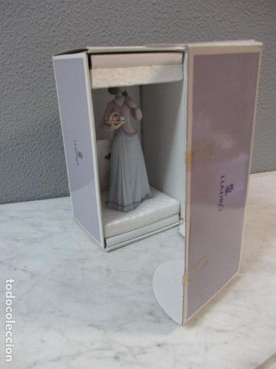 Antigüedades: Figura de Porcelana - Lladró - Aroma Primaveral - Escultor José Puche - Certificado - Caja -Nueva!!! - Foto 12 - 69582697
