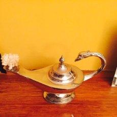 Antigüedades: BONITA LAMPARA EN PLATA DE LEY. Lote 69706041