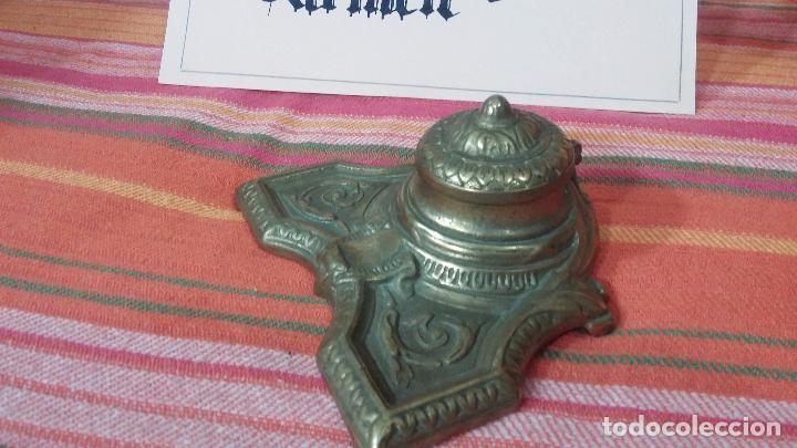 Antigüedades: Antigua escribania en bronce, con el pozo original de cerámica bien conservado - Foto 6 - 69721865