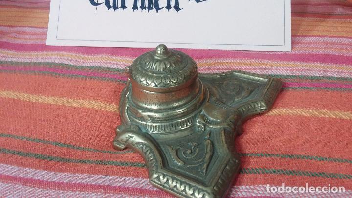 Antigüedades: Antigua escribania en bronce, con el pozo original de cerámica bien conservado - Foto 10 - 69721865