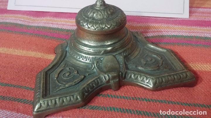 Antigüedades: Antigua escribania en bronce, con el pozo original de cerámica bien conservado - Foto 11 - 69721865