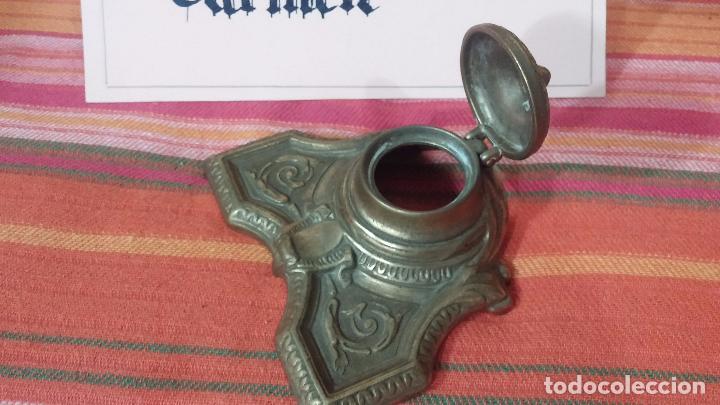 Antigüedades: Antigua escribania en bronce, con el pozo original de cerámica bien conservado - Foto 22 - 69721865