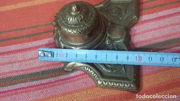 Antigüedades: Antigua escribania en bronce, con el pozo original de cerámica bien conservado - Foto 34 - 69721865