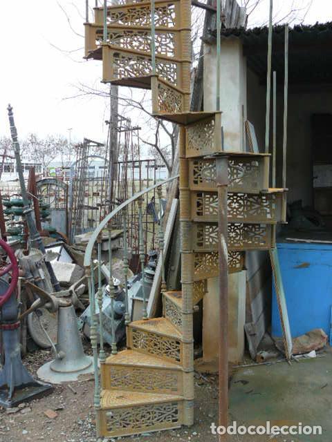 Escalera De Caracol De Hierro Fundido Buy Other Antiques At Todocoleccion 69907049