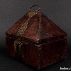 Antigüedades: COFRE DE LA INDIA EN MADERA DE TECA 1890. Lote 70027937