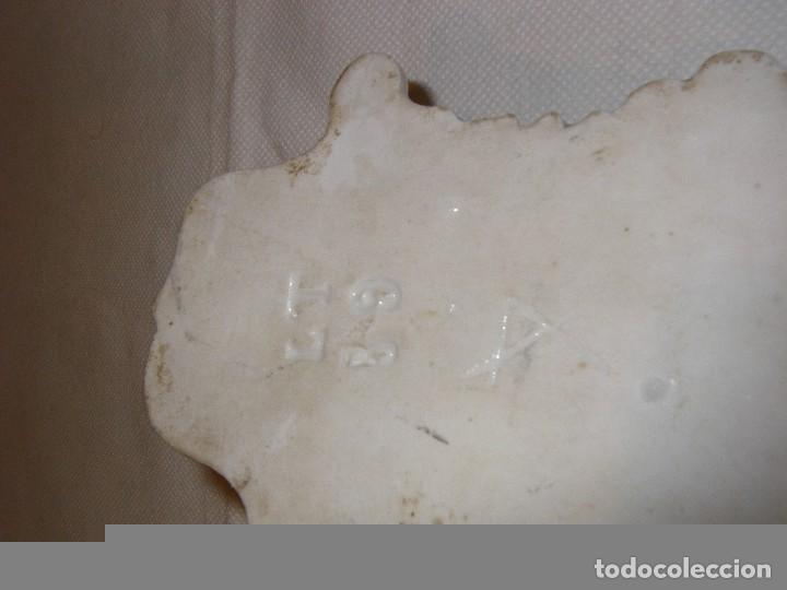 Antigüedades: Benditera de porcelana siglo XIX - Foto 2 - 70042685