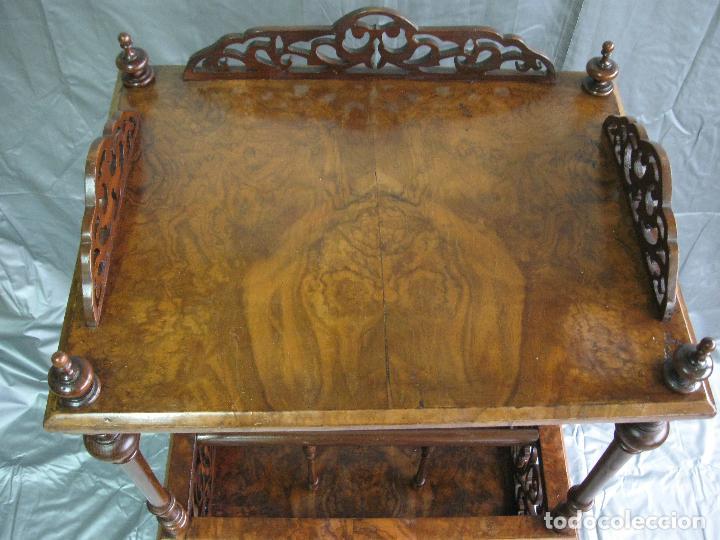 Antigüedades: Revistero mesa Canterbury victoriano de madera de nogal. Inglaterra fin S.XIX - Foto 3 - 70147977