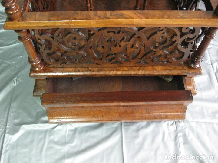 Antigüedades: Revistero mesa Canterbury victoriano de madera de nogal. Inglaterra fin S.XIX - Foto 6 - 70147977