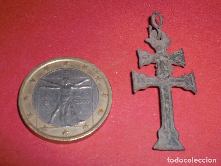 Antigüedades: Antigua cruz caravaca siglo XVII relieves - Foto 2 - 70164541