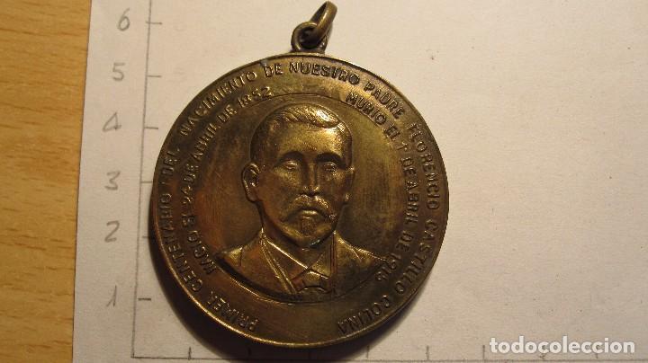 CENTENARIO DEL NACIMIENTO DE FLORENCIO CASTILLO EN SANTOÑA (Antigüedades - Religiosas - Medallas Antiguas)