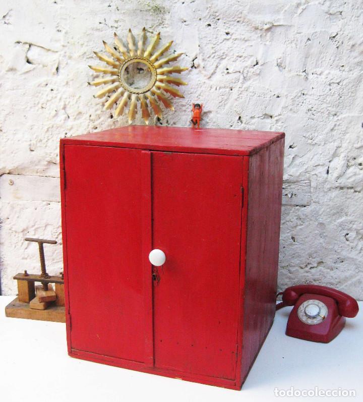 GENIAL MUEBLE ANTIGUO VINTAGE IDEAL DECORACION INDUSTRIAL 1920 ALACENA CAJA ARMARIO O MESITA (Antigüedades - Muebles Antiguos - Auxiliares Antiguos)