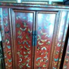 Antigüedades: ARMARIO LACADO CHINO DEL S. XIX. Lote 70249301