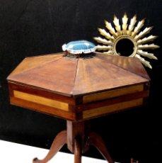 Antigüedades: FANTASTICO!! MUEBLE COSTURA COSTURERO GIRABLE MADERA ART DECO MARQUETERIA A M D . Lote 70325973