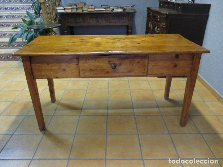 Antigua mesa - rustica - madera de pino - con c - Sold at ...