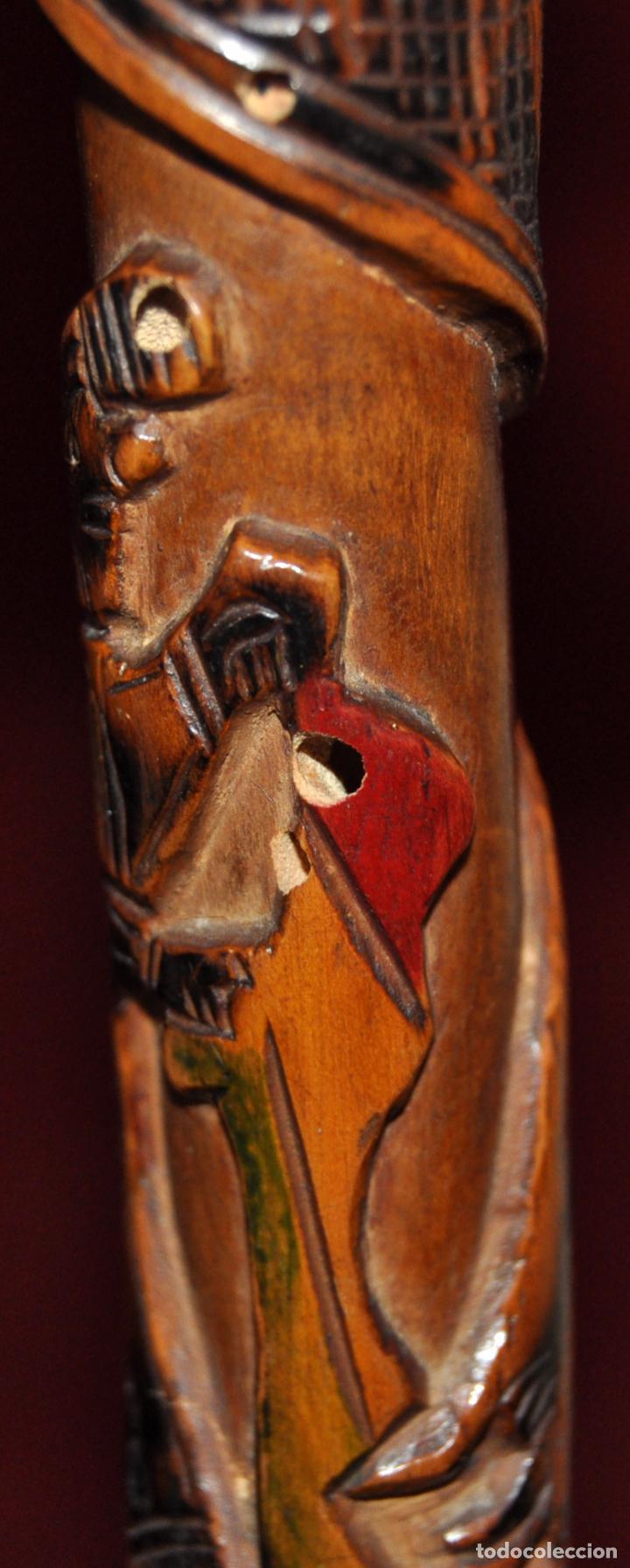 Antigüedades: ANTIGUO BASTON EN MADERA TROPICAL Y DECORACIONES TALLADAS A MANO. CIRCA 1900 - Foto 7 - 71174053