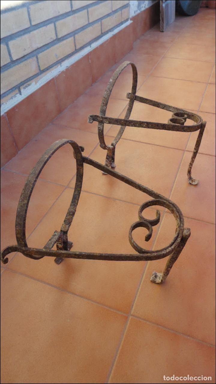 Antigua pareja de para mace comprar - Colgadores de hierro forjado ...