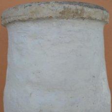 Antigüedades: TINAJA ALFAR DE LUCENA S. XIX. 70 CMS DE ALTO (BUEN TAMAÑO). SÓLO RECOGIDA LOCAL EN CABRA (CÓRDOBA).. Lote 71210309