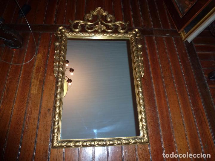 ESPEJO DE TALLA DORADO (Antigüedades - Muebles Antiguos - Espejos Antiguos)