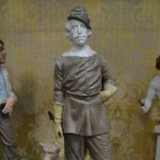 Antigüedades: FIGURA FELIPE IV DE PORCELANA ALGORA. Lote 71409429