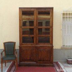 Vitrina antigua teca estilo balinés rústico India mueble librero antiguo estantería alacena aparador