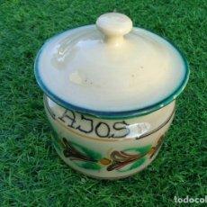 Antigüedades: ANTIGUO Y BONITO BOTE / TARRO PARA GUARDAR AJOS - PUENTE DEL ARZOBISPO . Lote 71605031