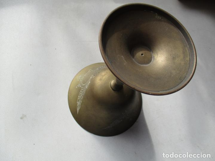 Antigüedades: ANTIGUA COPA DORADA.- MIDE :14.5 X 10.5 (DIÁMETRO) X 7 ( DIAMETRO) CM.- CON DECORACIÓN - Foto 3 - 71609455