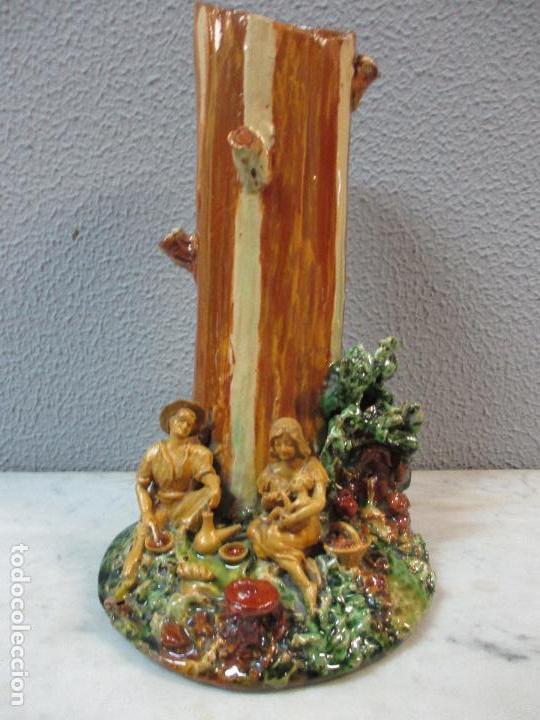 Antigüedades: Antiguo Centro de Mesa - Jarrón - Escultura en Terracota - Figuras, Comiendo en la Fuente - Foto 2 - 71631867