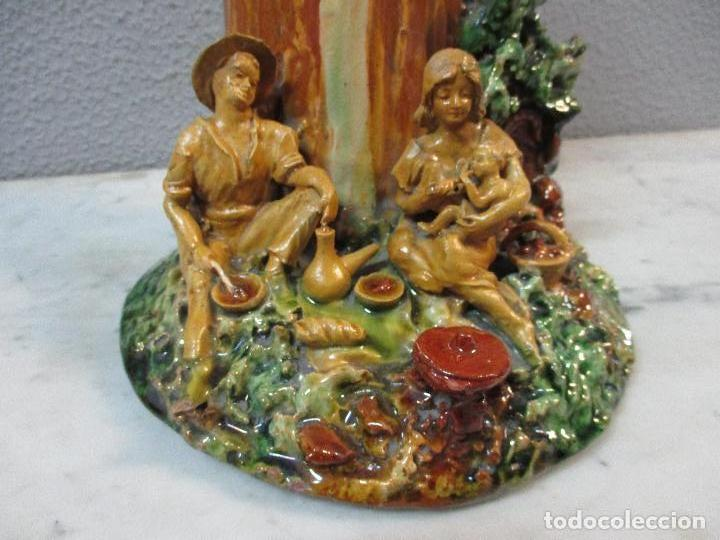 Antigüedades: Antiguo Centro de Mesa - Jarrón - Escultura en Terracota - Figuras, Comiendo en la Fuente - Foto 3 - 71631867
