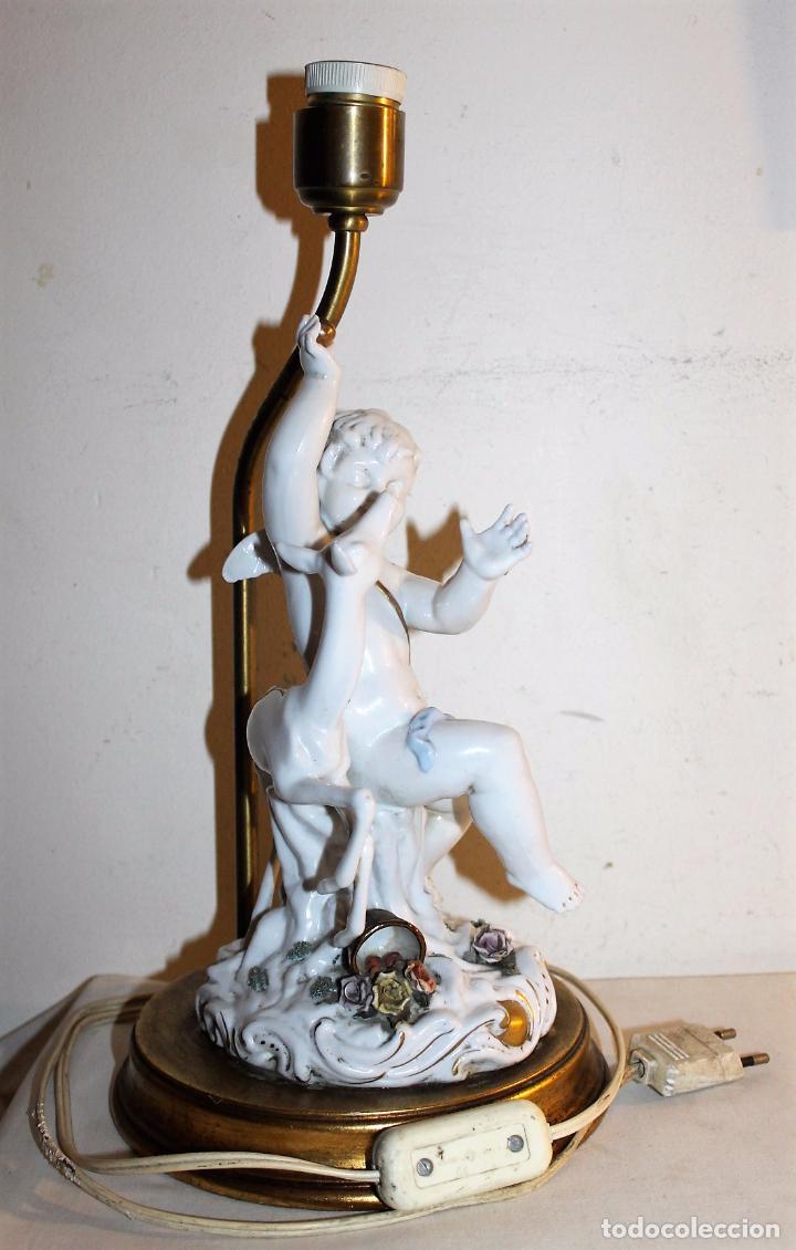 Antigüedades: LÁMPARA CON ANGELOTE Y CERVATILLO EN PORCELANA DE ALGORA - MEDIADOS DEL SIGLO XX - Foto 2 - 71666727