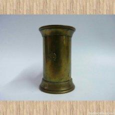 Antigüedades: JARRA MEDIDORA ANTIGUA DE LATÓN. Lote 71719059