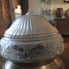 Antigüedades: LAMPARA DE TECHO , BRONCE Y CRISTAL. Lote 71727423