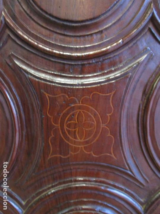Antigüedades: Antiguo Armario - Barroco Catalán - Madera de Nogal - Marquetería Madera de Boj - Siglo XVIII - Foto 8 - 72043843