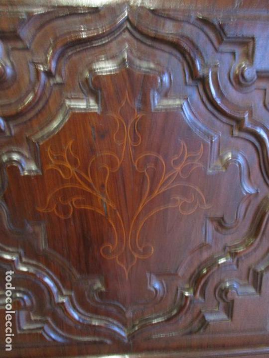 Antigüedades: Antiguo Armario - Barroco Catalán - Madera de Nogal - Marquetería Madera de Boj - Siglo XVIII - Foto 11 - 72043843