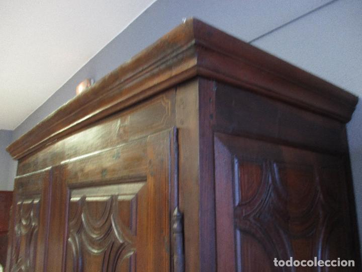 Antigüedades: Antiguo Armario - Barroco Catalán - Madera de Nogal - Marquetería Madera de Boj - Siglo XVIII - Foto 15 - 72043843
