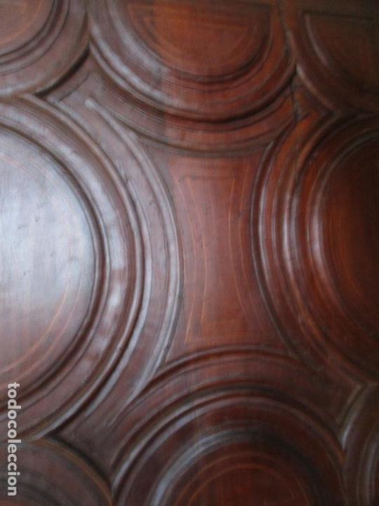 Antigüedades: Antiguo Armario - Barroco Catalán - Madera de Nogal - Marquetería Madera de Boj - Siglo XVIII - Foto 20 - 72043843