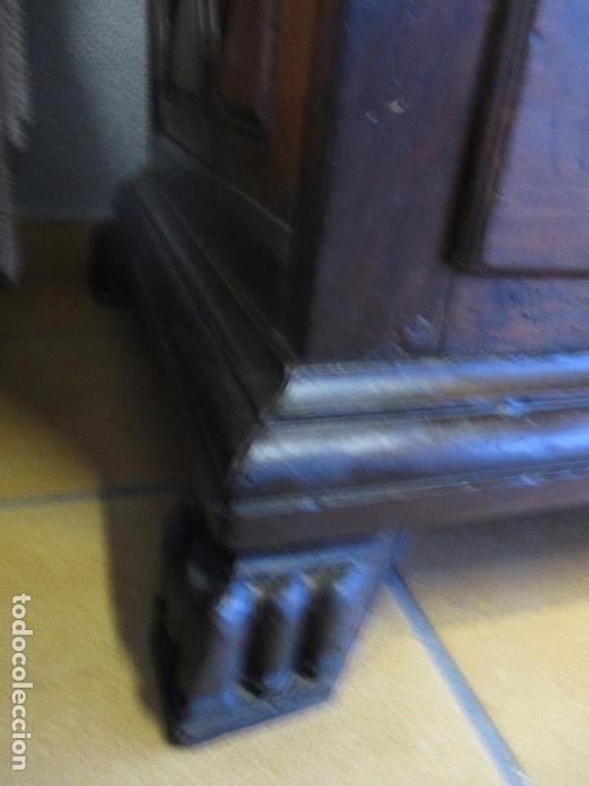 Antigüedades: Antiguo Armario - Barroco Catalán - Madera de Nogal - Marquetería Madera de Boj - Siglo XVIII - Foto 27 - 72043843