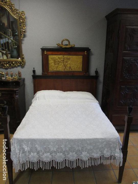 Antigüedades: Antigua Cama - Carlos IV - Madera de Caoba - Escultura en Terracota - Finales Siglo XVIII - Foto 3 - 72047155