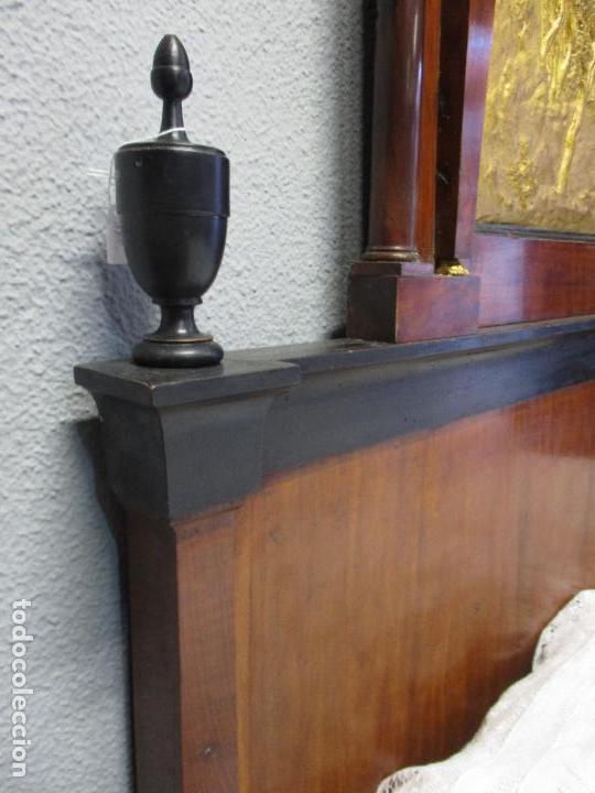 Antigüedades: Antigua Cama - Carlos IV - Madera de Caoba - Escultura en Terracota - Finales Siglo XVIII - Foto 9 - 72047155