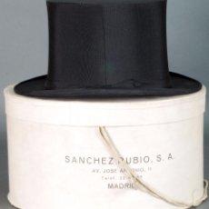 Antigüedades: CHISTERA INGLESA SOMBRERO COPA SCOTT & CO CON SU SOMBRERERA SÁNCHEZ RUBIO MADRID PP XX. Lote 72129579