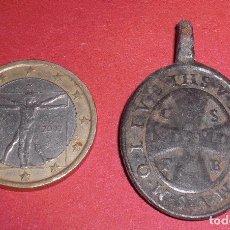 Antigüedades: ANTIGUA MEDALLA SIGLO XVII SAN BENEDICTO Y EXHORCISMO. Lote 262878620