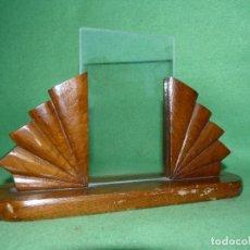 Antigüedades: PRECIOSO MARCO ART DECO SOBREMESA MODERNISTA MADERA ROBLE AÑOS 30 COLECCION. Lote 72186699