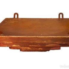 Antigüedades: MÉNSULA O PEANA EN MADERA Y DORADO.. Lote 72225075