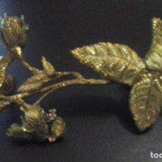 Antigüedades: ADORNO DE BRONCE EN FORMA DE FLOR. Lote 72232599