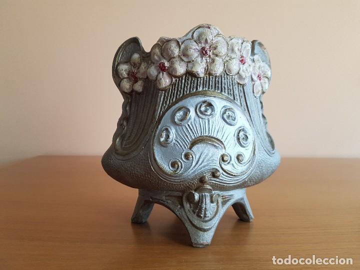 Antigüedades: Centro modernista, florero de cerámica, bellamente decorado. - Foto 2 - 72254859