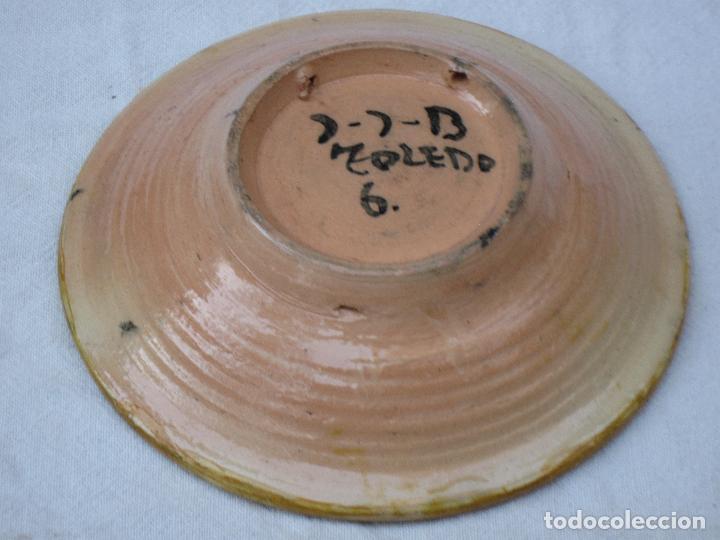 Antigüedades: PLATO EN CERAMICA VIDRIADA DE TOLEDO. - Foto 2 - 72263463